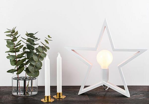 Trästjärna bordslampa - vit