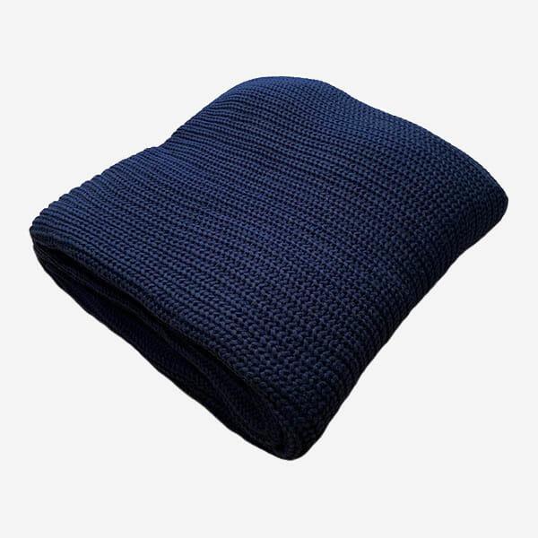 Marie stickad filt ull, Mörkblå